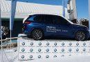 ELS MINI I BMW IDEALS DE MOTOR MUNICH PER PUJAR A PISTES